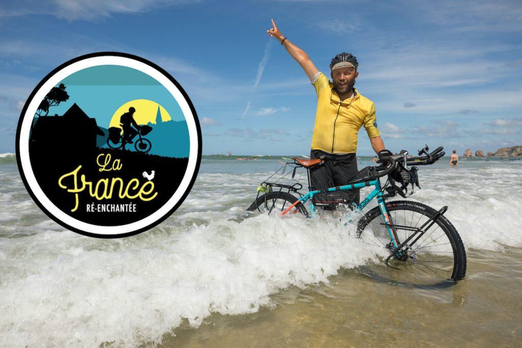 35 étapes, 39 jours. 2 000 kilomètres à pédaler en toute liberté. De Dunkerque à Hendaye à vélo.  De la mer du Nord à l'océan Atlantique.